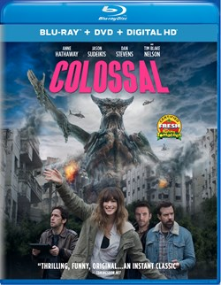 Colossal (with DVD) [Blu-ray]
